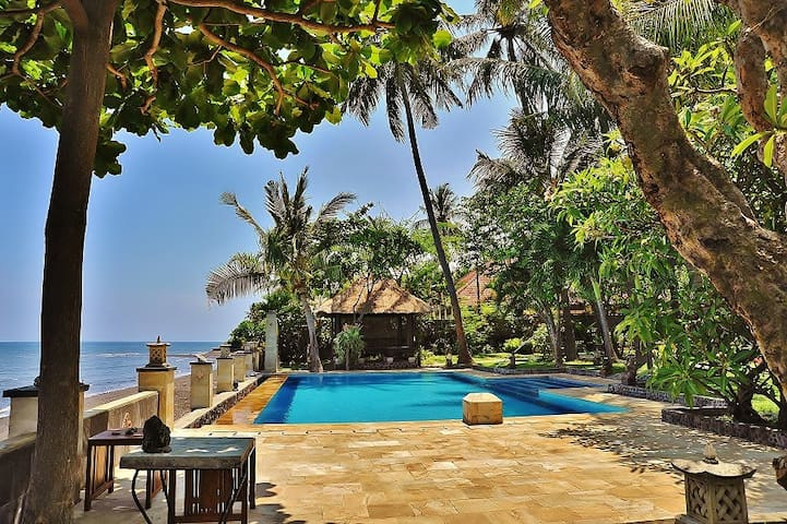 The Ning Beachfront Villa Buleleng Bali