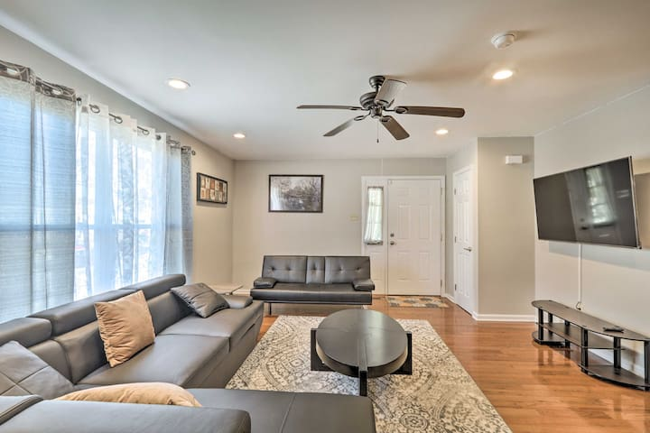 NEW! Walkable Keswick Home < 15 Mi to Dtwn Philly!