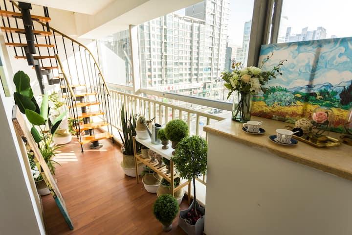 Fresh & cozy LOFT located in Zhongguancun