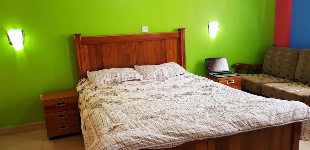 Quiet private secure apartment, great location