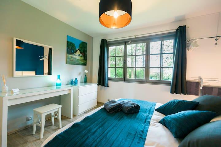 Chambre n°1 - lit 160x190 - draps et linge de toilette inclus