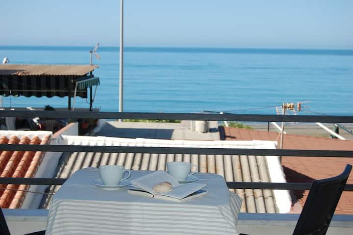 Apartamento frente al mar WIFI A/Ac