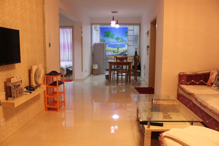 银滩假日豪华舒适两居套房Y2712 - Weihai - Pis