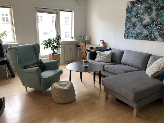 Comfy modern apartment in central Copenhagen
