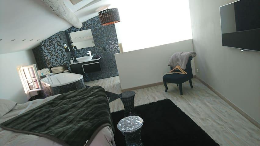 Grande Chambre moderne lumineuse - Roquebrune-sur-Argens - Talo