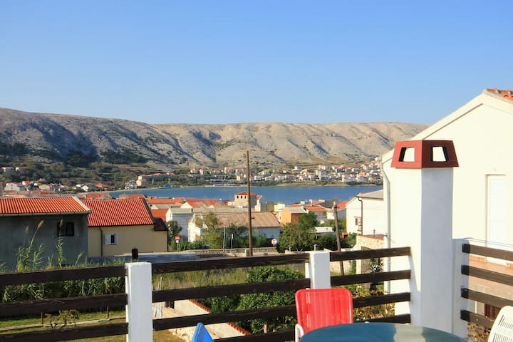 One bedroom apartment with terrace and sea view Pag (A-6325-b)