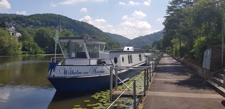 Ferienwohnung / Wohnschiff auf der Lahn in Bad Ems
