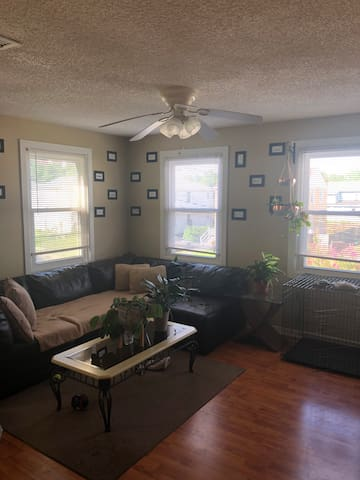 Cozy bedroom near the University of New Orleans