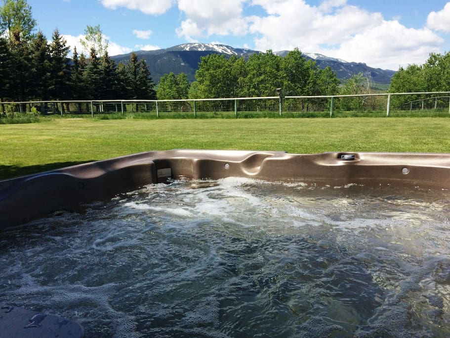 Hot tubbin` with Red Lodge Mountain views