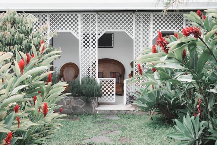 Beautiful 4 bedroomm home in Los Yoses