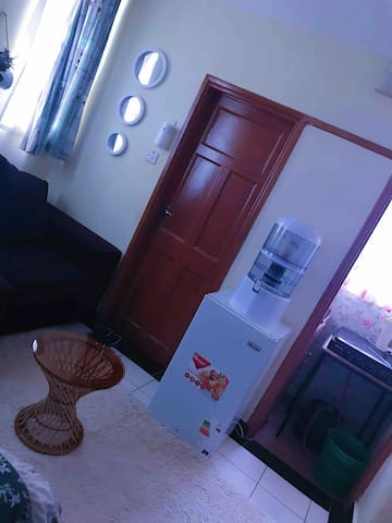 Private studio apartment in Westlands,School Lane.