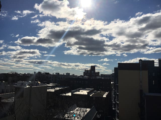 Entire place is yours in QUEENS! - Queens - Apartment