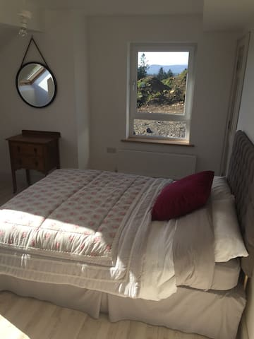 Hill house apartment - Maghera - Appartement