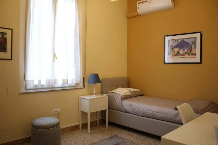 In Santa Trinita Single Room 1