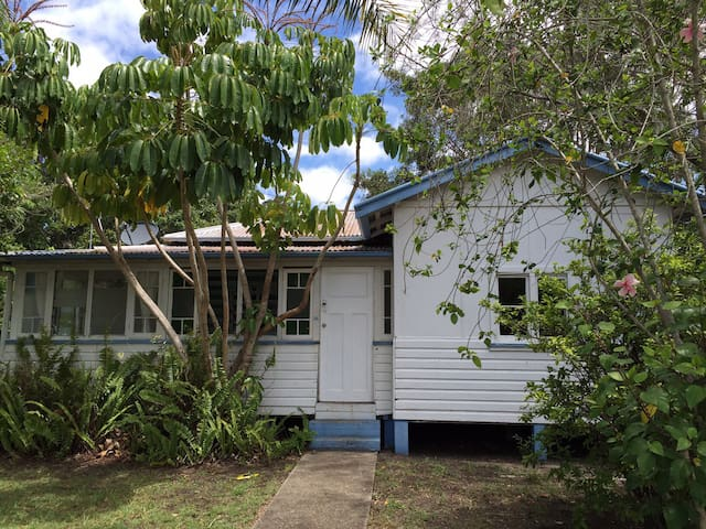 Pottsville Beach Surf Lodge - Pottsville - Hus