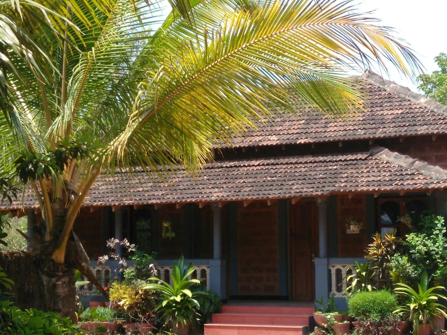 Cinnamon Anjuna Cottage