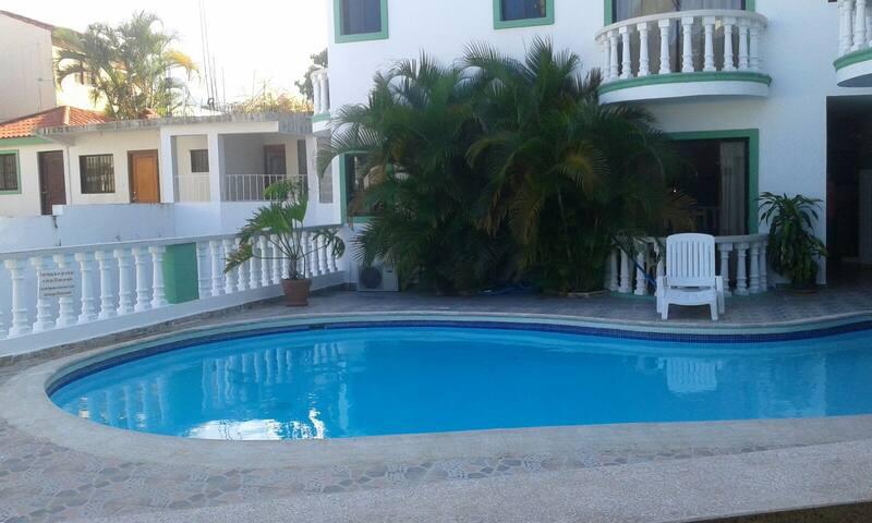 Apartamento con piscina para dos personas. - Puerto Plata - Byt