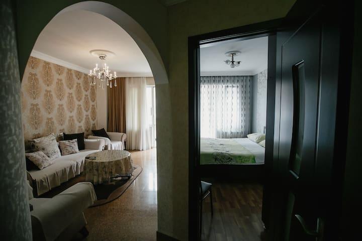 Уютная квартира с удобствами в центре Батуми..