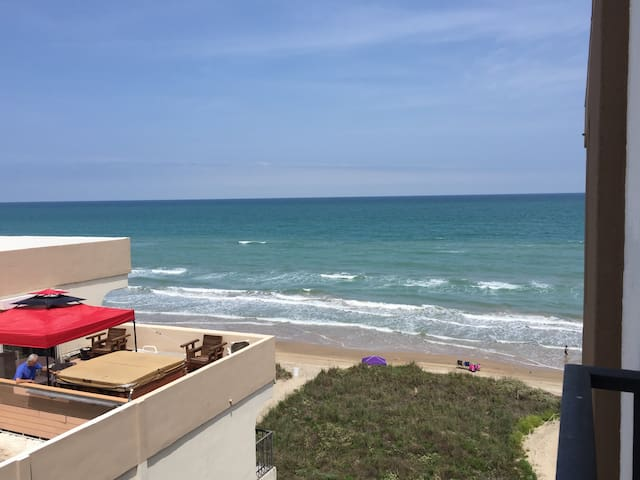 Beachfront! Studio, Super Deal! - South Padre Island - Kondominium