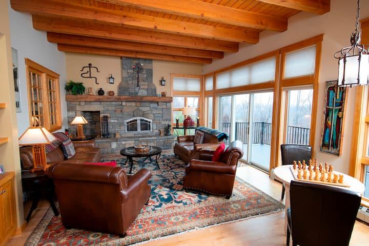 Luxury 6Br Solitude Village- Indoor Bball Court, Private Tub