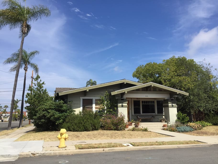 1918 California bungalow in the historic Dryden-North Park District
