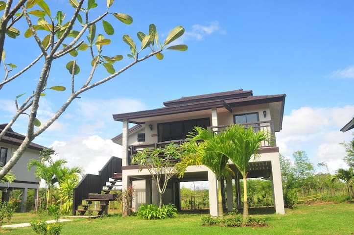 Fantastic Villa near beach in Khao Lak