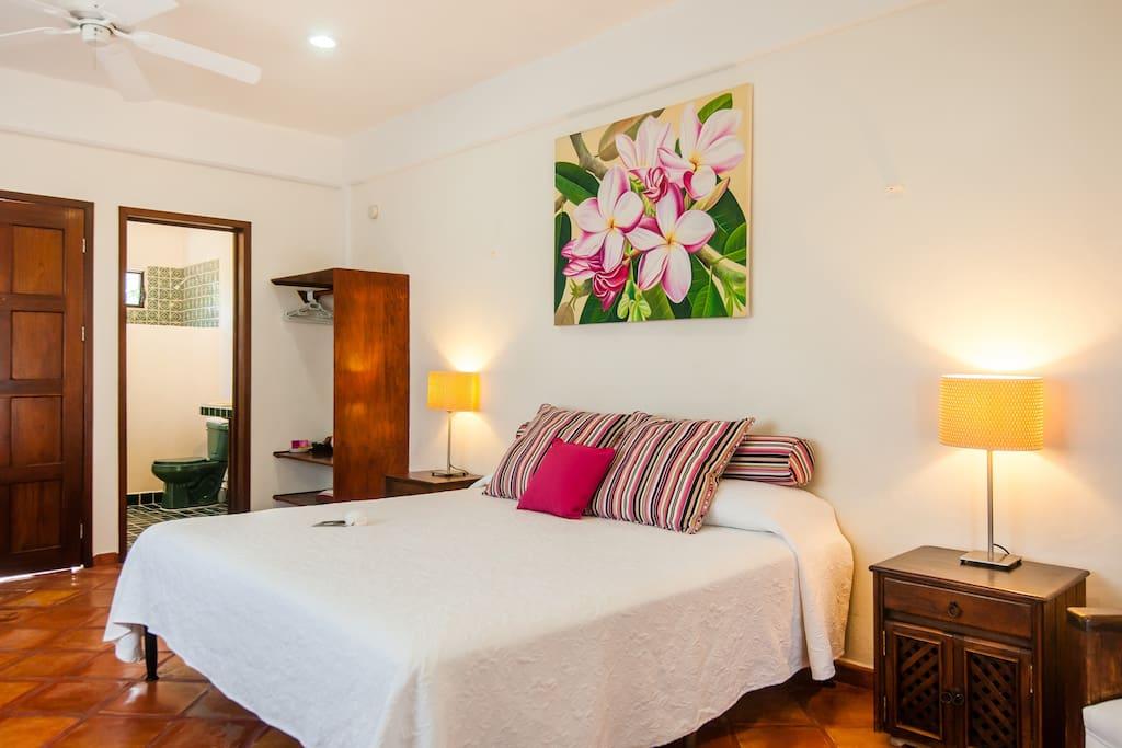 Casa Caribe, Pina Room, Upper Level