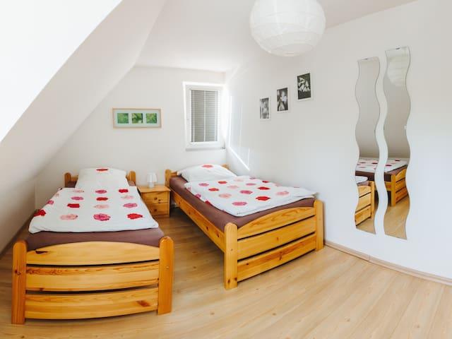 Ferienwohnung Kenz, (Freiburg), Ferienwohnung, 68qm. 1 Schlafzimmer, max. 4 Personen