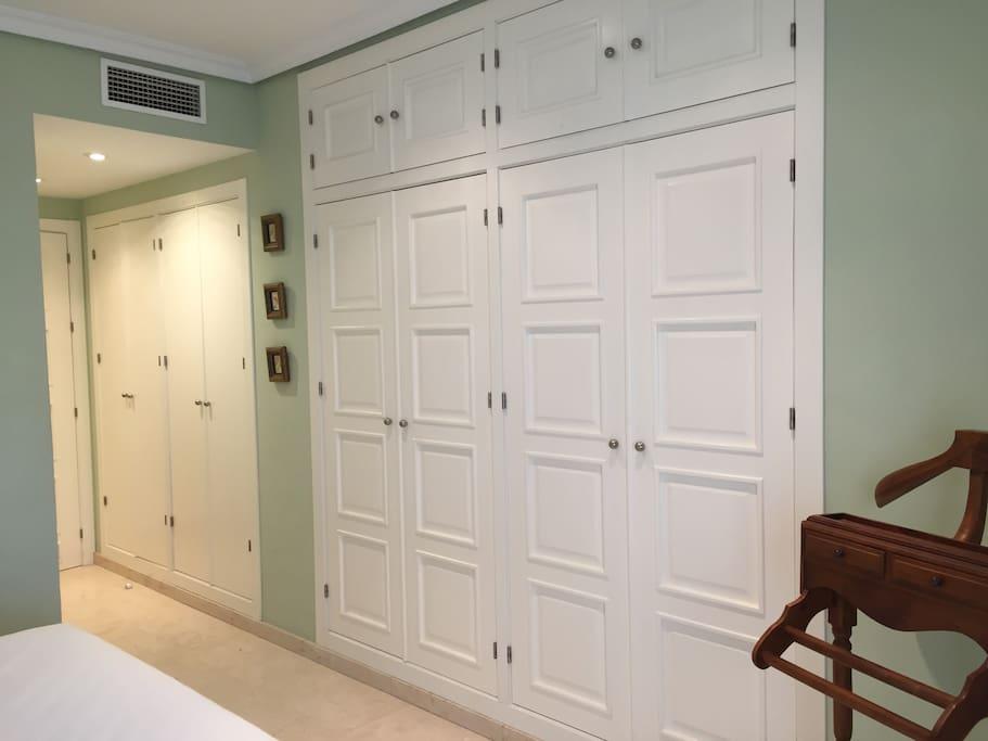 Dormitorio principal - armarios