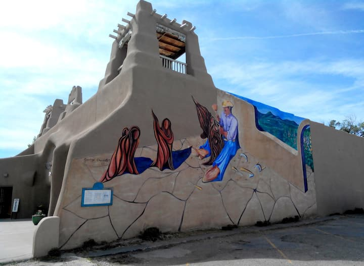 Learn the stories of local murals