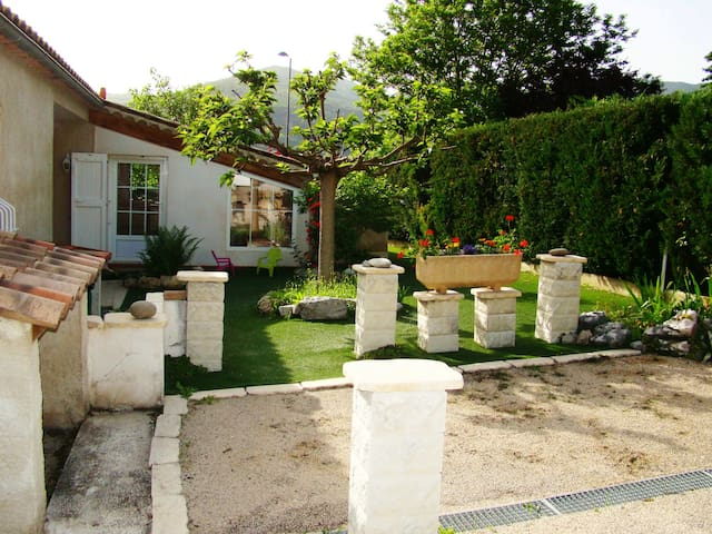 """Villa """"Les Muguets"""""""
