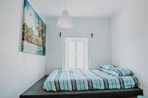 Room F - double bedroom