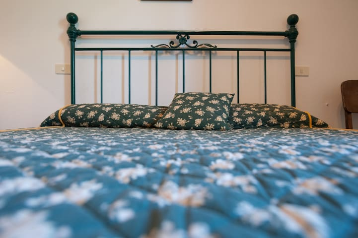 SECOND KING SIZE BED