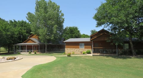 Private Rustic Oasis minutes from Owasso and Tulsa