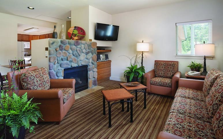 2 Bed Twin Wyndham Estes Park - Estes Park - Apartment