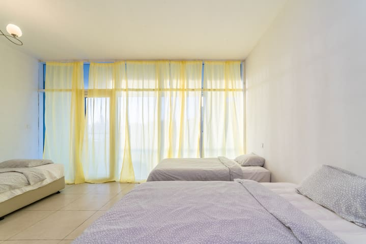 Luxury Bedspace Sharing in heart of Dubai