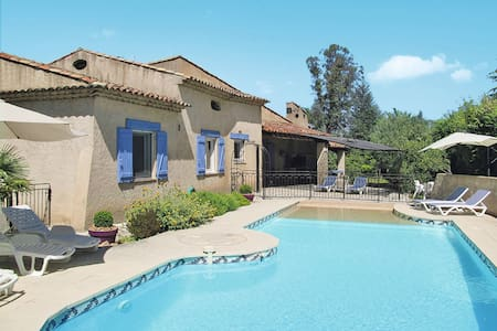 Holiday house for 8 persons in Fayence - Fayence