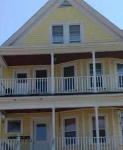 Spacious Oasis in Boston - Boston - House