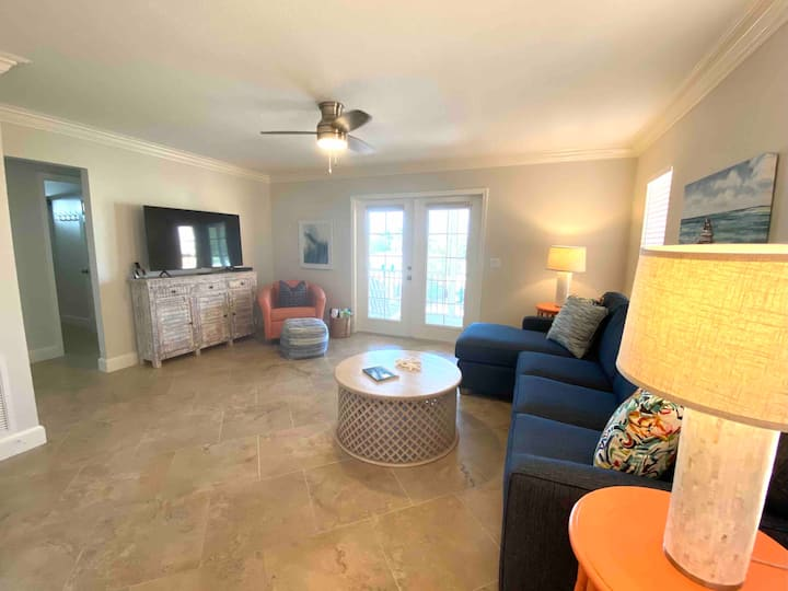 A-Freshly renovated with pool, steps to the beach!
