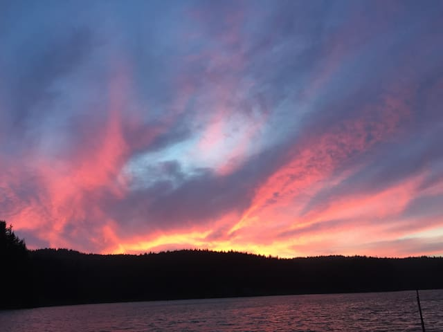 HideawayIsland Serene Relaxing Getaway for Boaters