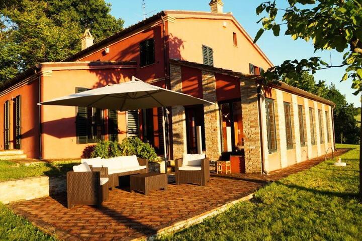 Casa Anna - Ostra Zuhause mit Aussicht
