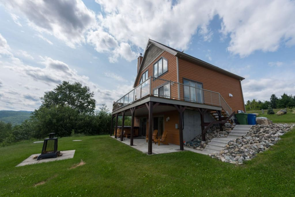 viachalets jos 101 avec spa chalets for rent in rivi 232 re fran 231 ois qu 233 bec canada