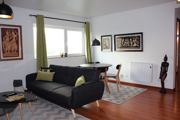 Cozy apartment in Lumiar and Lisbon Airport