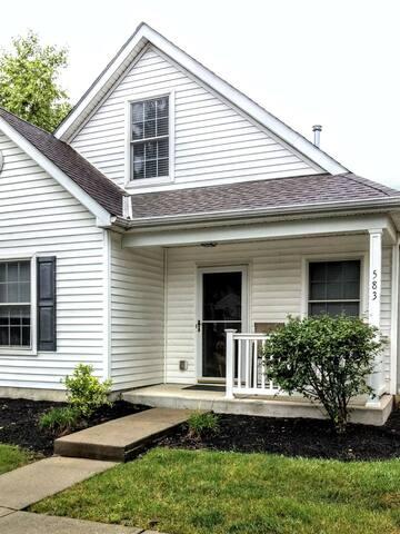 Cozy 2BR, 1.5Bath Home in Columbus