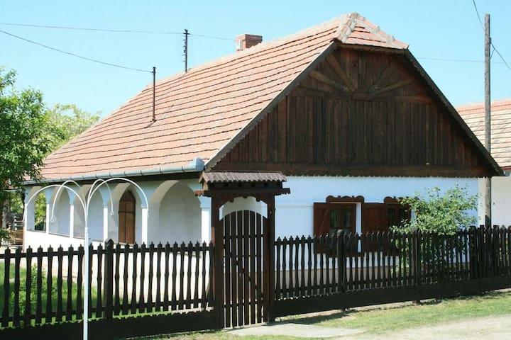Tiszafa Vendégház
