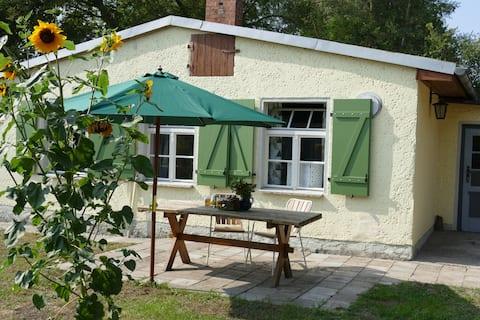 unikt Haff Cottage med pejs og sauna