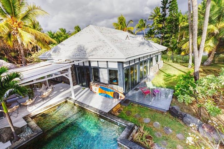 Villa TAIKA BEACH - Pieds dans l'eau à Trou d'Eau