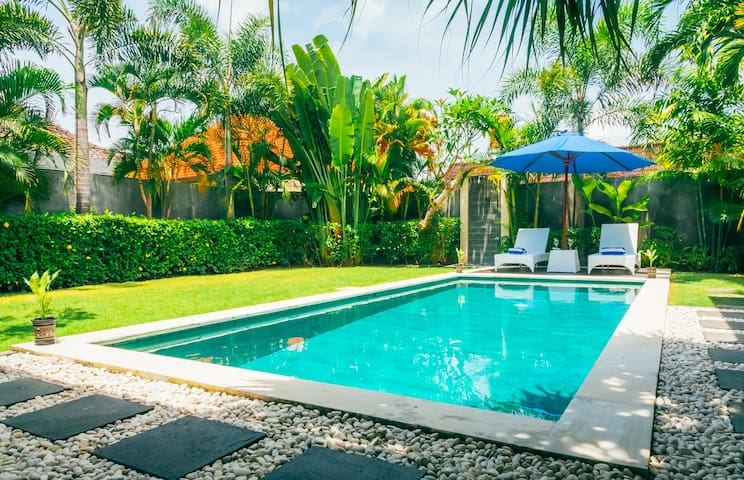 2BR villa 8Palms in the center of Canggu