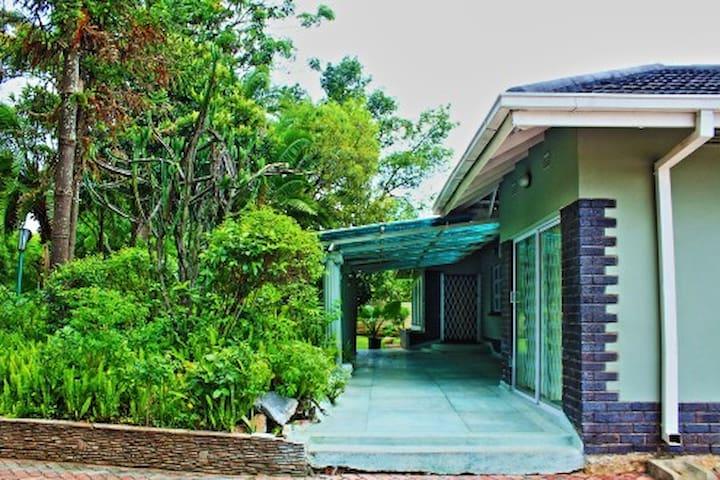 Harare Eastlea Holiday Home