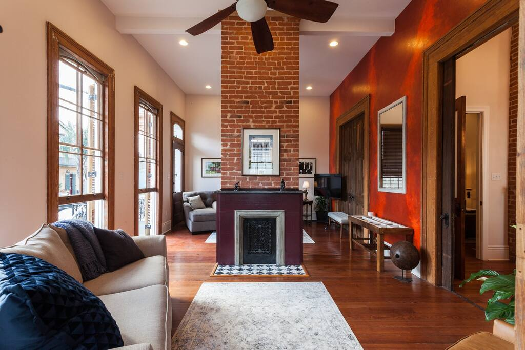 Double Parlor with two sleeper sofas (sleeps 4)